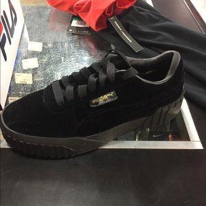 cali velvet women's sneakers puma, OFF